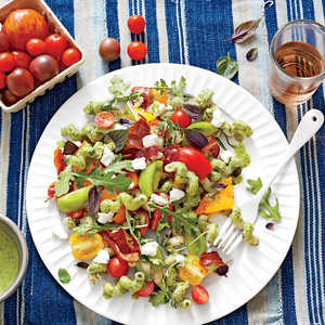 Pasta with Heirloom Tomatoes, Goat Cheese, and BasilRecipe