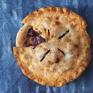 Perfectly Easy Blackberry PieRecipe