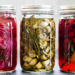 Pickled Mushrooms with Garlic and ThymeRecipe