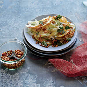 Shaved Apple and Fennel Salad with Crunchy Spelt Recipe