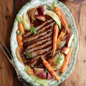 Slow Cooker Beef and Cabbage with Potatoes and CarrotsRecipe