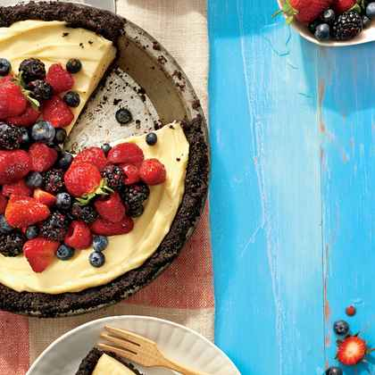 Mixed Berry Cream Pie with Double Chocolate Crust