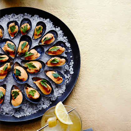 Chilled Mussels with Saffron Mayo