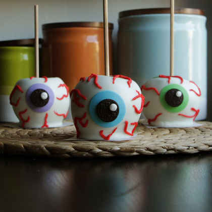 Chocolate Apple Eyeballs