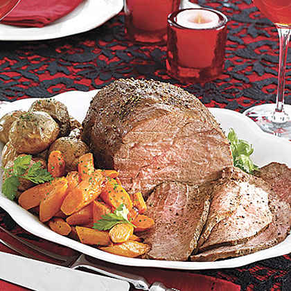 Sirloin Tip Roast with Carrots and Baby Red Potatoes