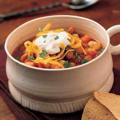 Hominy Chili with Beans