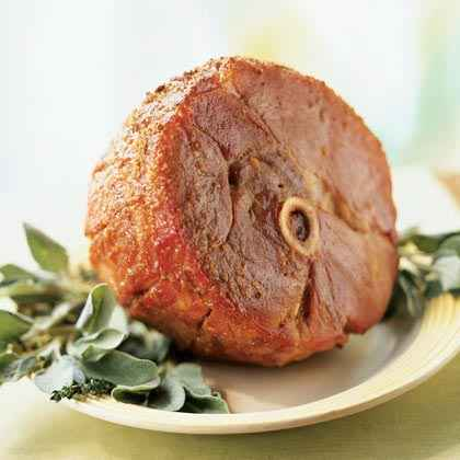 Gingersnap-Crusted Ham with Apricot-Mustard Sauce