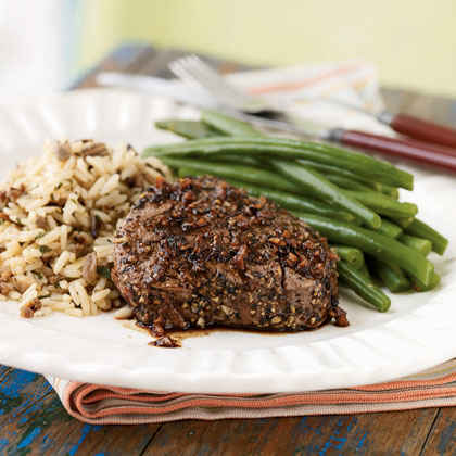Pepper and Garlic-Crusted Tenderloin Steaks with Port Sauce
