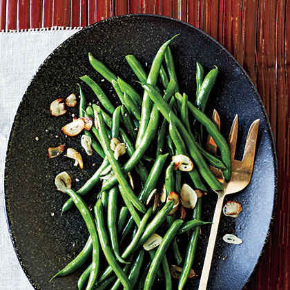 Green Beans with Toasted Garlic