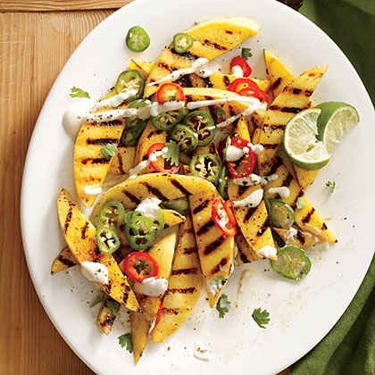 Spicy Grilled Mango with Chiles and Crema