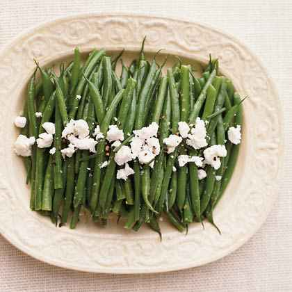 Steamed Green Beans with Cracked Pepper and Chèvre