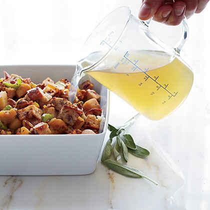Sausage, Apple and Cranberry-Nut-Bread Dressing