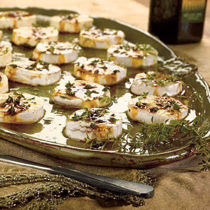 Honey-Peppered Goat Cheese with Fig Balsamic
