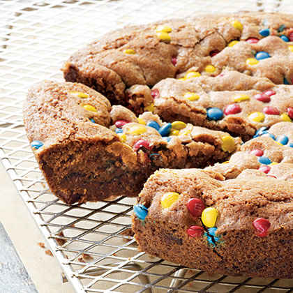 Giant Cookie-in-a-Pan