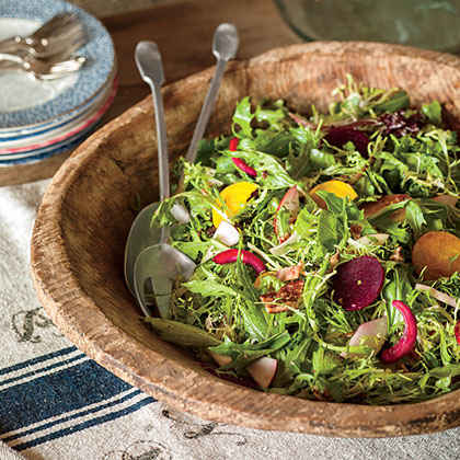 Fall Salad with Beets and Apples