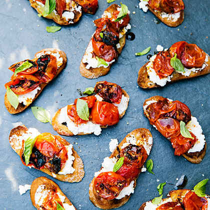 Caramelized Tomato Bruschetta