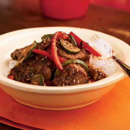 Pork and Stir-Fried Vegetables with Spicy Asian Sauce