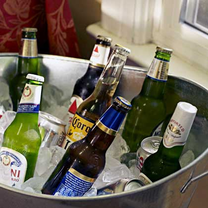 5 Foolproof Football Parties