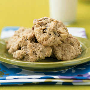 White Chocolate, Strawberry, and Oatmeal CookiesRecipe