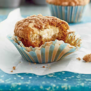 Pumpkin-Cream Cheese Streusel Muffins Recipe