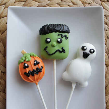 Halloween Cookie Pops