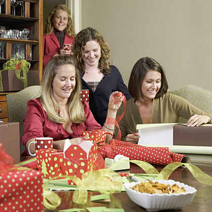 Gift-Wrapping Party