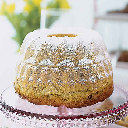 German Kugelhopf Cake Recipe