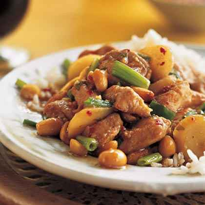 Sichuan-Style Stir-Fried Chicken With Peanuts