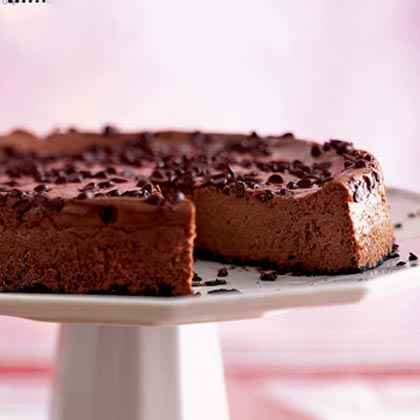 Creamy Chocolate-Amaretto Cheesecake