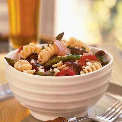 Garlicky Vegetable Pasta Salad