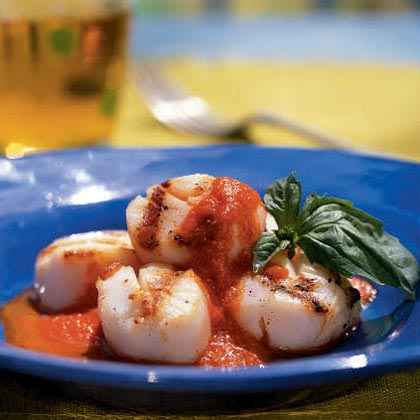 Scallops with Roasted Pepper Butter Sauce