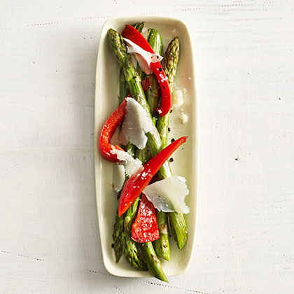 Asparagus with Red Pepper and Manchego