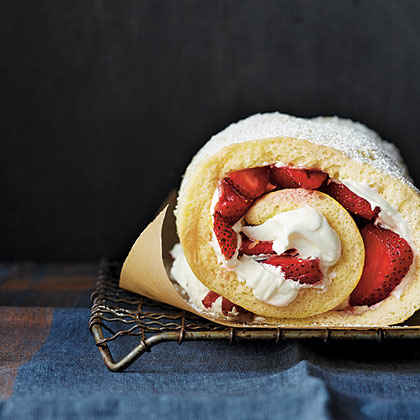 Strawberry-Almond Cake Roll