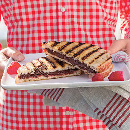Chocolate-Raspberry Dessert Sandwiches