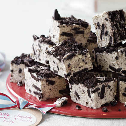 #5: White Chocolate Cookies 'n' Cream Fudge