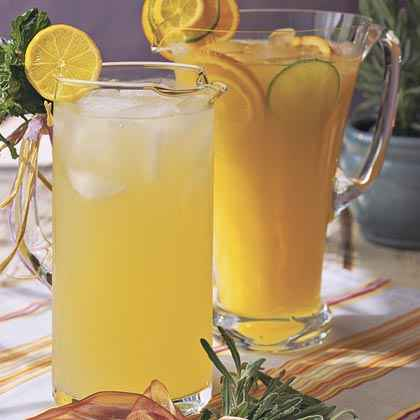 Cool Lavender Lemonade