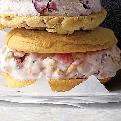 Strawberry-Pretzel Ice Cream