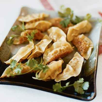 Happy Hour: Prosecco & Fried Dumplings