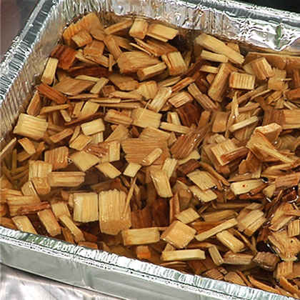 Video: Using Wood Chips for Smoking Food