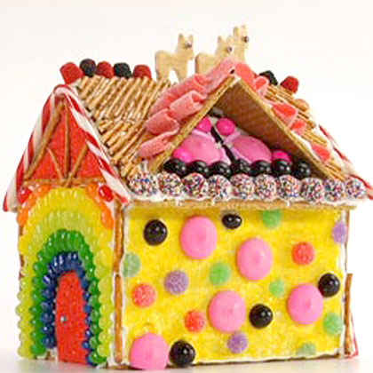Holiday How-To #6: Decorating Gingerbread Houses