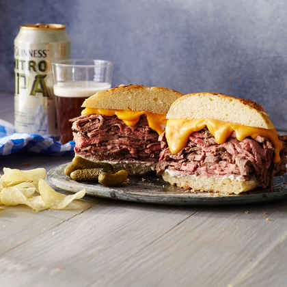 Roast Beef and Cheddar Sandwich with Horseradish Sauce