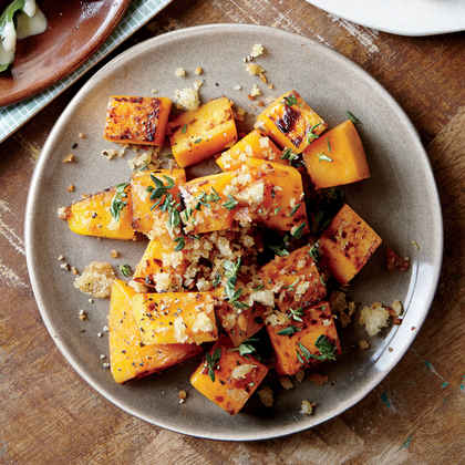 Roasted Butternut Squash with Parmesan-Garlic Breadcrumbs