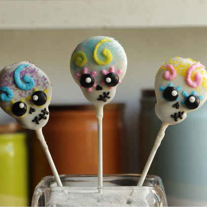 Skull Cookie Pops