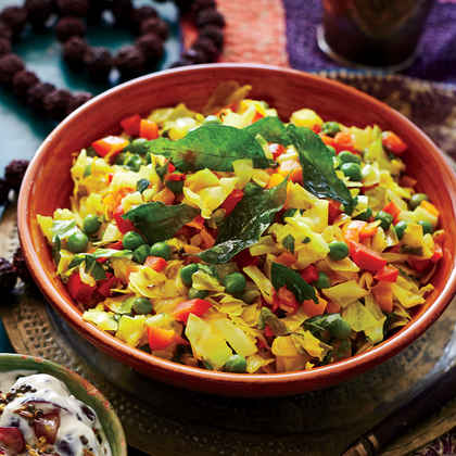 Stir-Fried Cabbage with Red Pepper and Peas