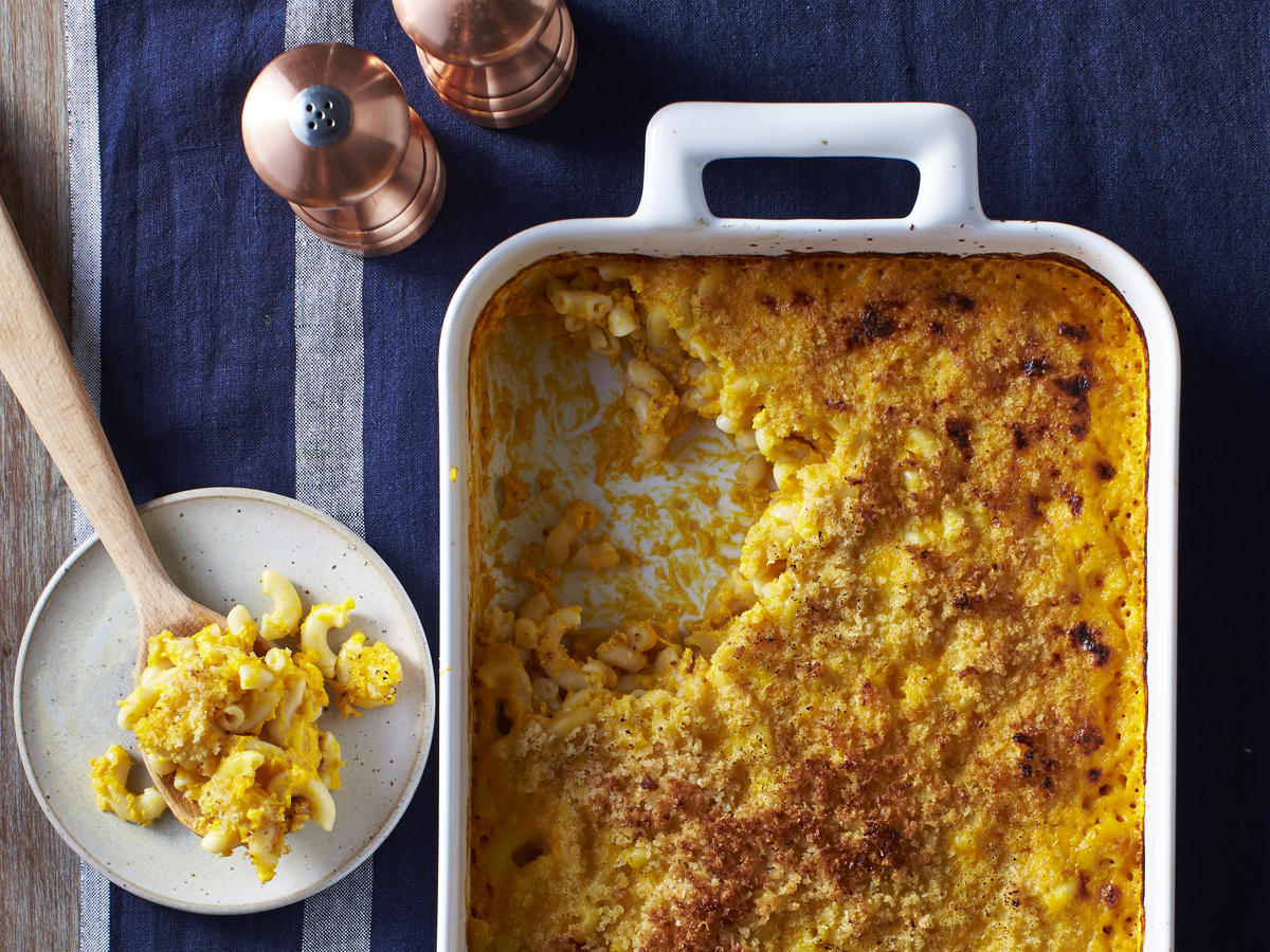 <p>Mac and Cheese with Squash</p>