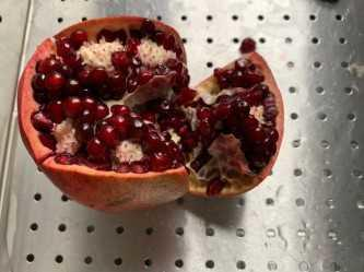 pomegranate-wedge