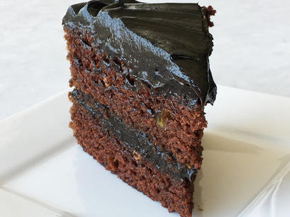 dark-chocolate-avocado-cake-avocado-frosting-mr.jpg