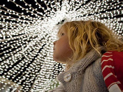 Load the kids in the car tonight to look at Christmas lights. You'll create memories that will last a lifetime. Discuss your favorites over a hot drink afterward.Christmas Lights