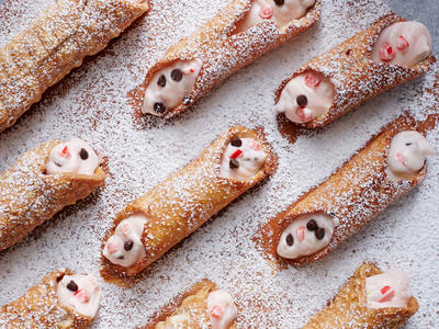 Peppermint Cannoli image