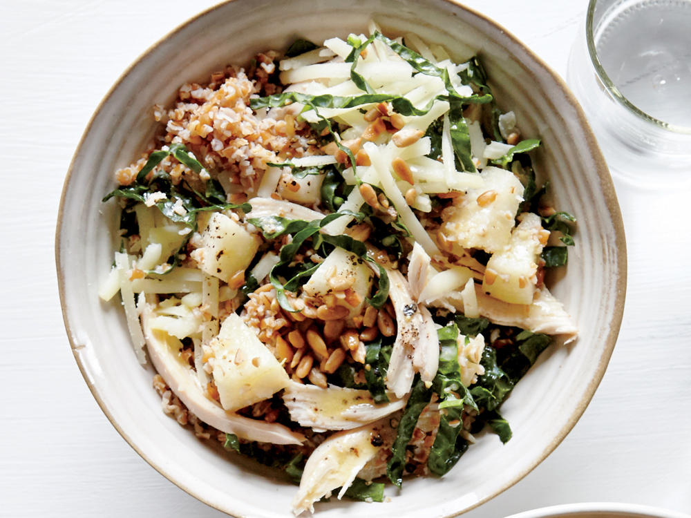 Crunchy Bulgur Bowl with Kale, Chicken, and Pear